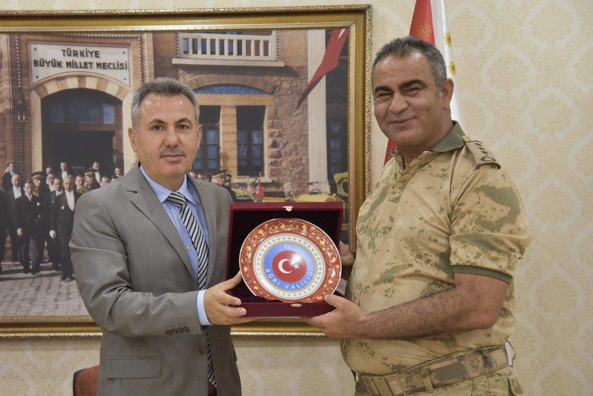 Güzel Komutan Albay Gökhan Şahin'e Veda Yemeği