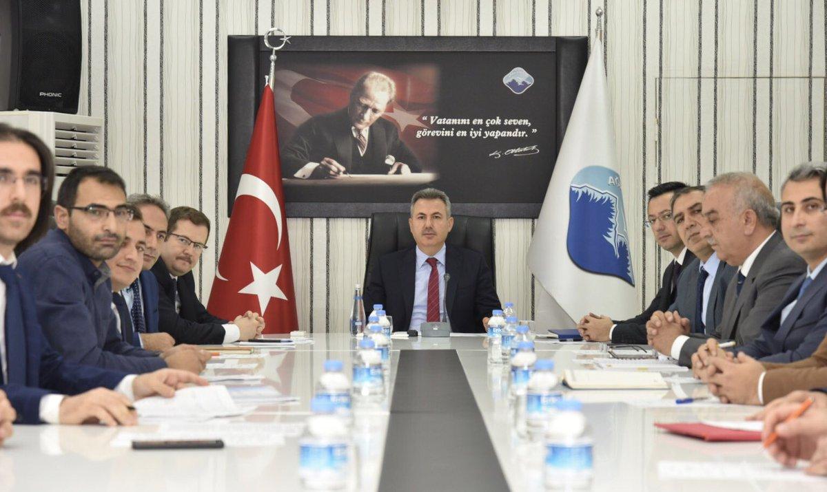 OSB Yönetim Kurulu Toplantısı Vali Elban Başkanlığında yapıldı