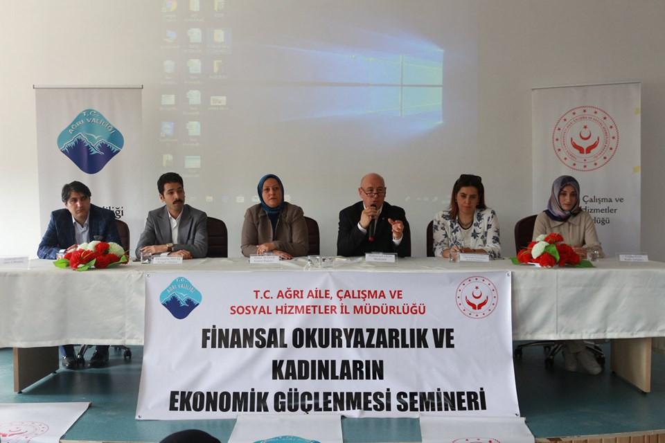 """Ağrı'da """"Finansal Okuryazarlık ve Kadınların Ekonomik Güçlenmesi konulu seminer düzenlendi."""