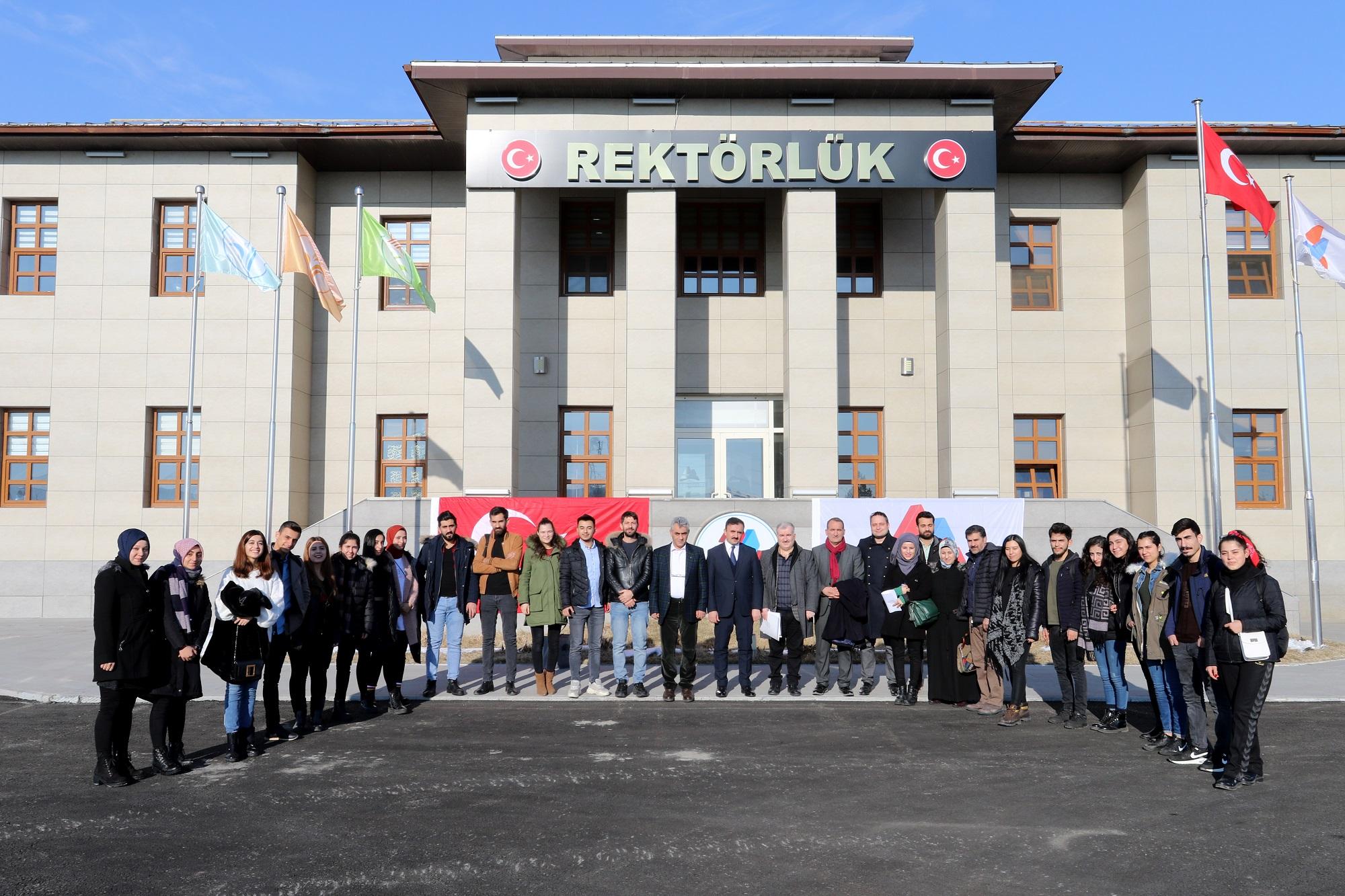 Ağrı İbrahim Çeçen Üniversitesi Dayanışma Ekibi Avrupa Yolunda