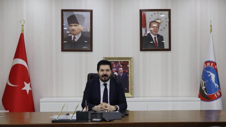 Belediye Başkanı Savcı Sayan'ın 19 Mayıs Atatürk'ü Anma Gençlik ve Spor Bayramı Mesajı