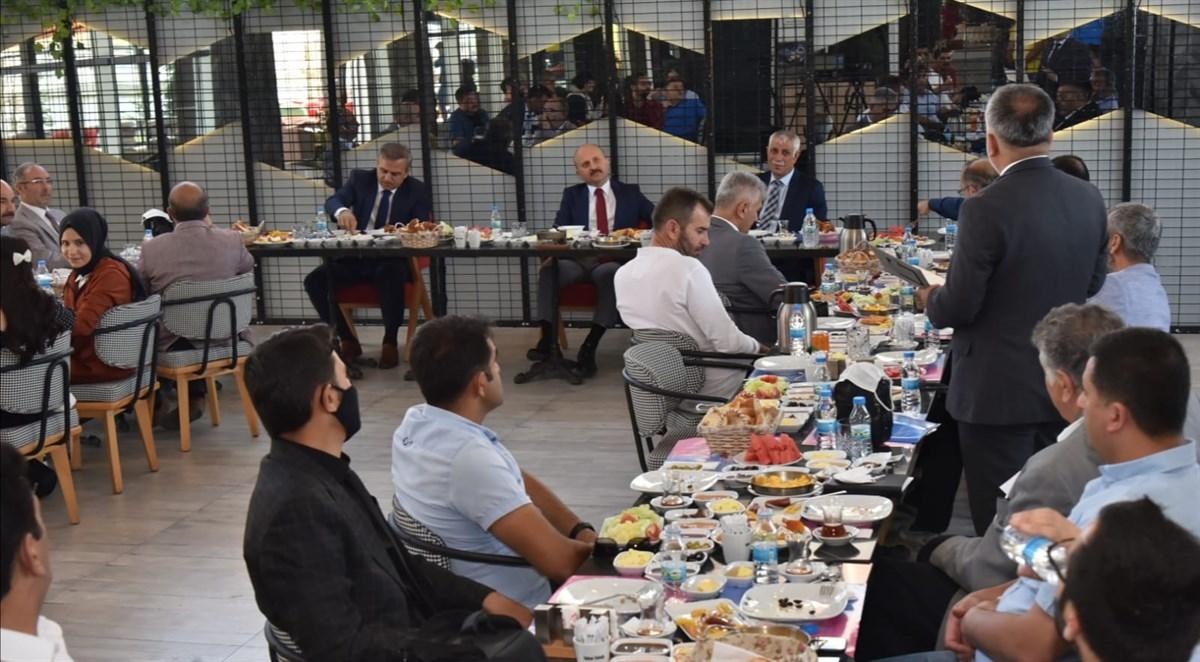Ağrı Valisi Varol, Basın Mensuplarıyla Bir Araya Geldi