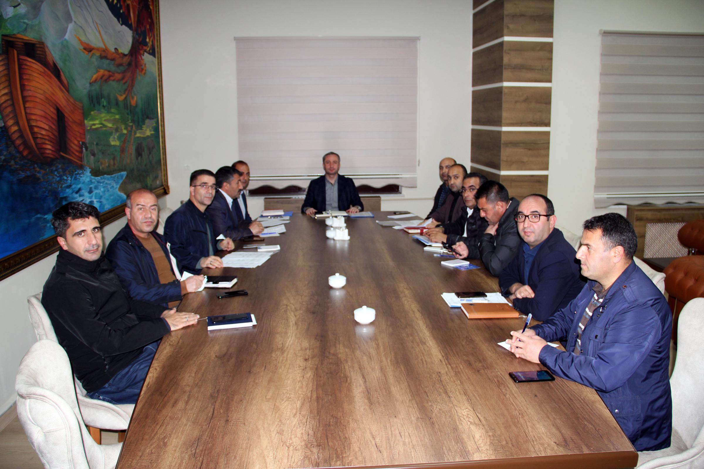 Ağrı Milli Eğitim Müdürü Kökrek, ilçe milli eğitim müdürleri ile bir araya geldi